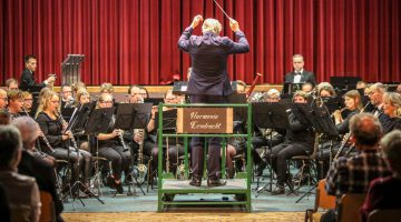 Brass, humor & harmonie (Foto's)