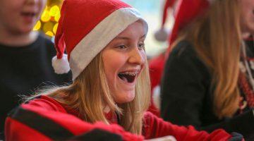 Druk bezochte Kinder Kerstshow in Meijel (Foto's)